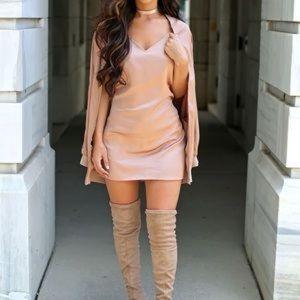 ✨NWOT✨Carli Bybel X Missguided satin dress